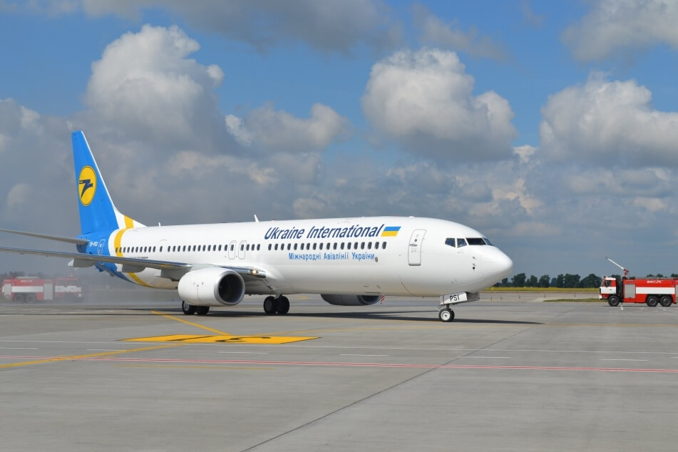 МАУ хочет отсудить у Мининфраструктуры 20 млн грн из-за Ryanair