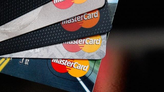MasterCard заблокирует доступ к криптовалютным картам