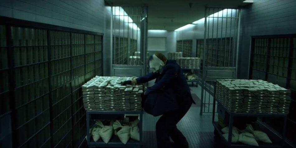 В столичном банке украли $350 тыс и килограмм золота (видео)