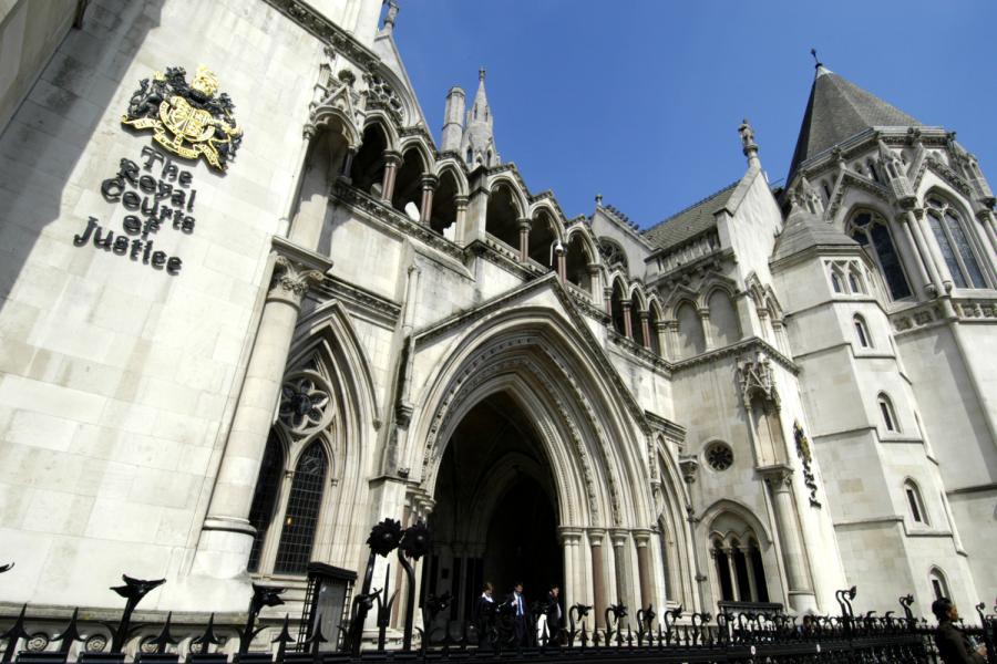 Приватбанк подал в Лондонский суд на своих экс-собственников
